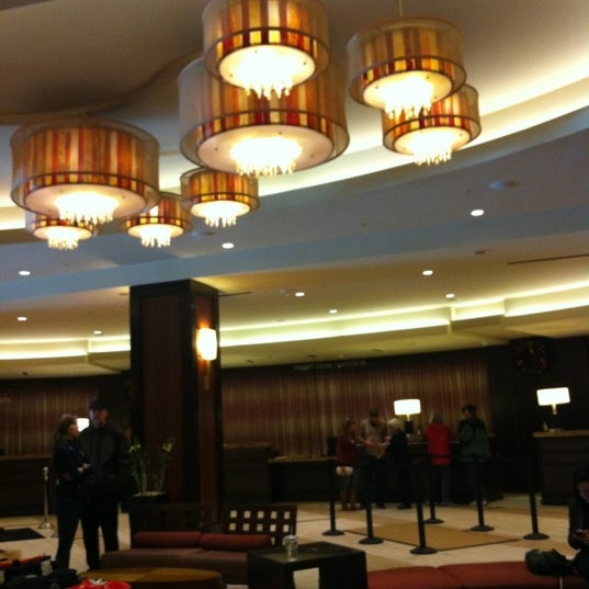 Photo taken at San Francisco Marriott Marquis by Geo V. on 11/26/2011