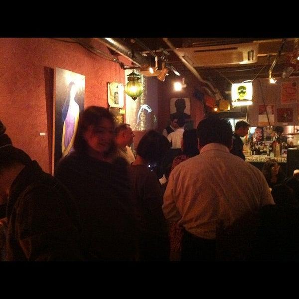 Photo taken at tamutamucafe by Kunio A. on 11/7/2011