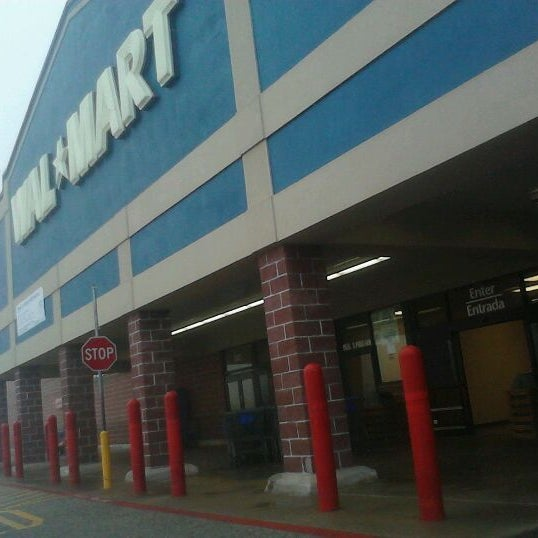 Photo taken at Walmart by T R. on 12/31/2011