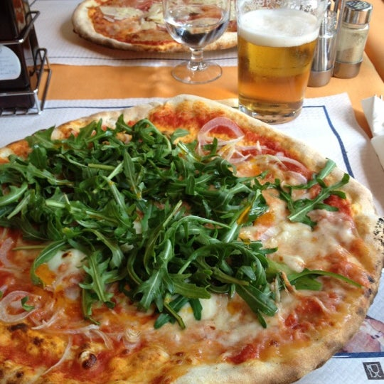 Photo taken at Canasta Pizzeria & Ristorante by Giorgio G. on 3/17/2012