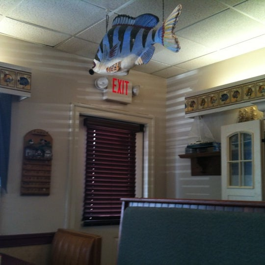 Photo taken at Kirby & Holloway Family Restaurant by David M. on 7/2/2011