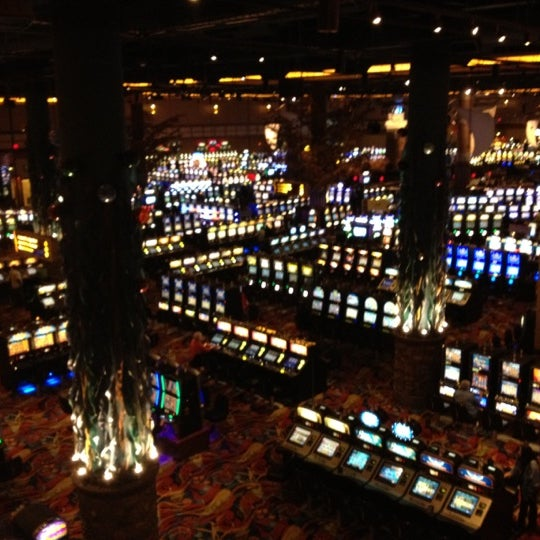 twin river casino music