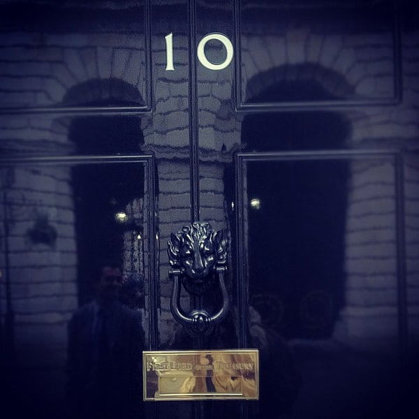Photo taken at 10 Downing St. by Tom H. on 11/14/2011