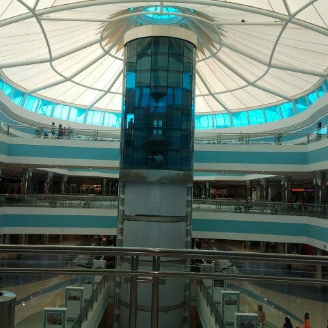 Photo taken at Mushrif Mall | مشرف مول by Khalifa A. on 9/1/2011