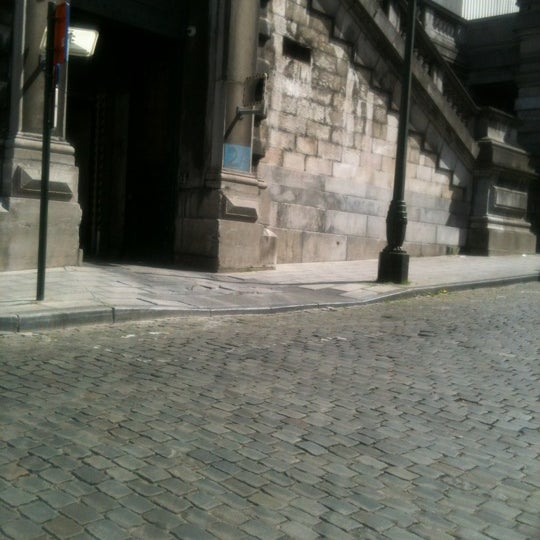 Photo taken at Justitiepaleis / Palais de Justice by Steve V. on 4/30/2012