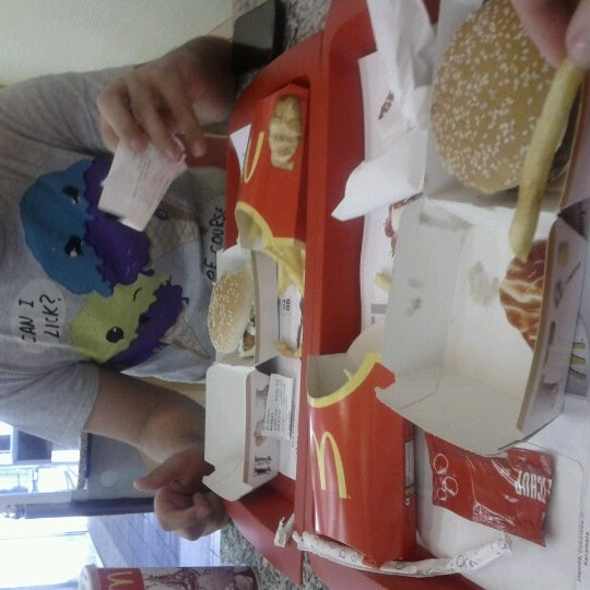 Photo taken at McDonald's by Tea g. on 9/7/2012