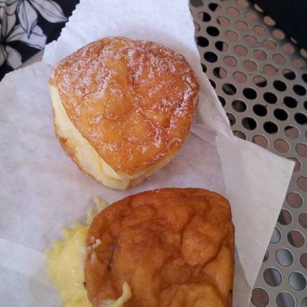 Photo taken at Kauai Bakery by Carelle Jade M. on 8/21/2011