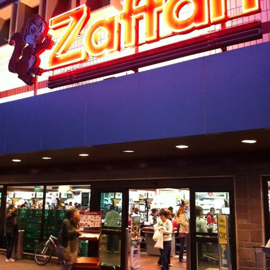 Photo taken at Zaffari by Gabriel B. on 5/5/2011
