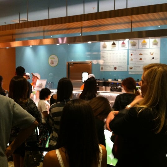 Photo taken at Pinkberry by Mike A. on 5/9/2011