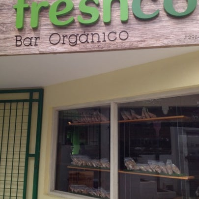 Photo taken at Freshco Bar Orgánico by Rebeca M. on 7/19/2012