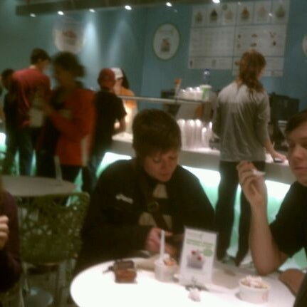 Photo taken at Pinkberry by Matt K. on 11/22/2011