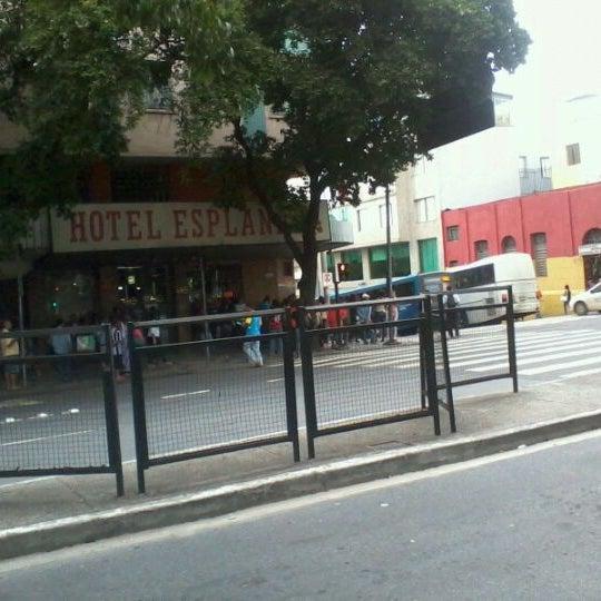 Photo taken at Avenida Santos Dumont by Wagner W. on 11/21/2011