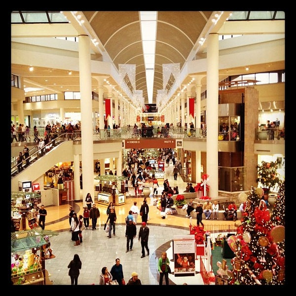 Tucson mall clothing stores