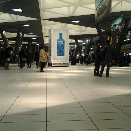 Photo taken at Napoli Centrale Railway Station (INP) by Andrea P. on 1/26/2012