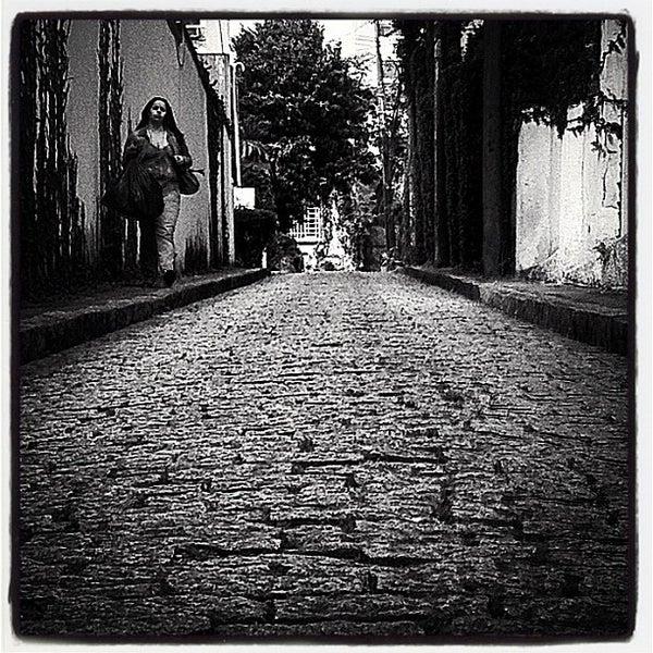 Photo taken at Livraria da Vila by rodrigo f. on 11/17/2011