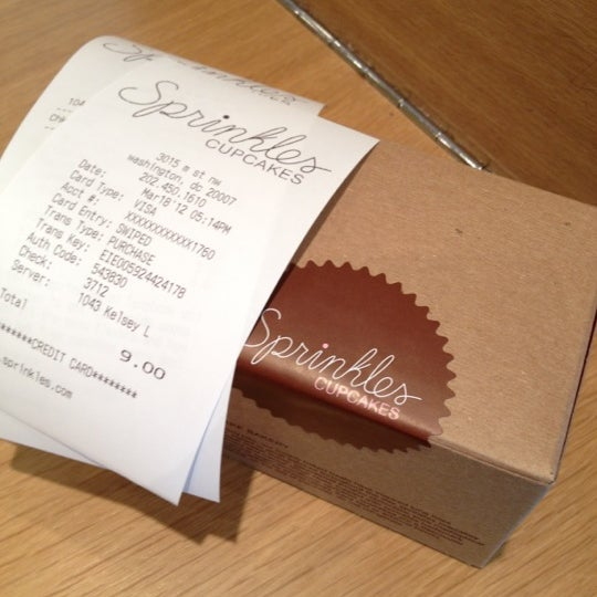 Photo taken at Sprinkles Cupcakes by Organic O. on 3/18/2012