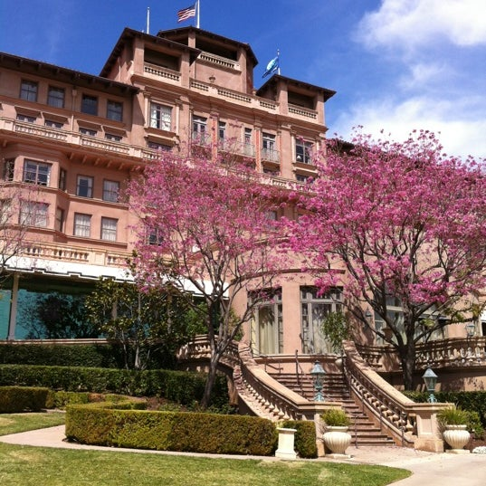 Photo taken at Langham Huntington Hotel by Gino M. on 3/24/2012