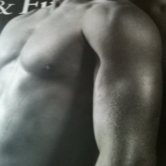 Photo taken at Abercrombie & Fitch by Adriano P. on 5/9/2012
