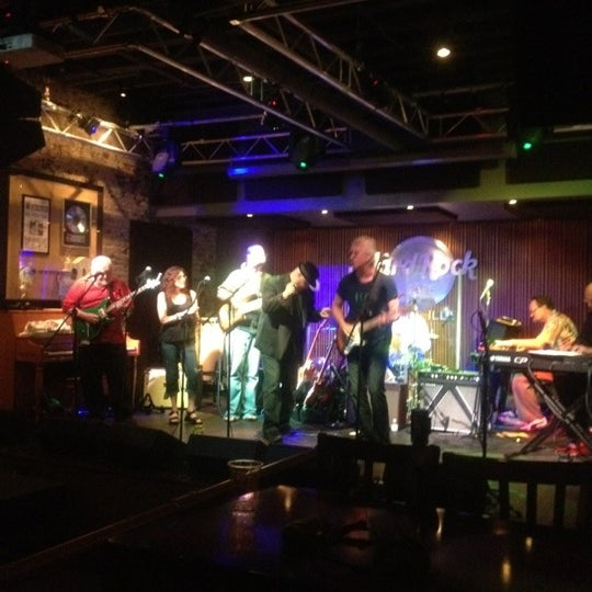 Photo taken at Hard Rock Cafe Nashville by Bradshaw L. on 4/3/2012