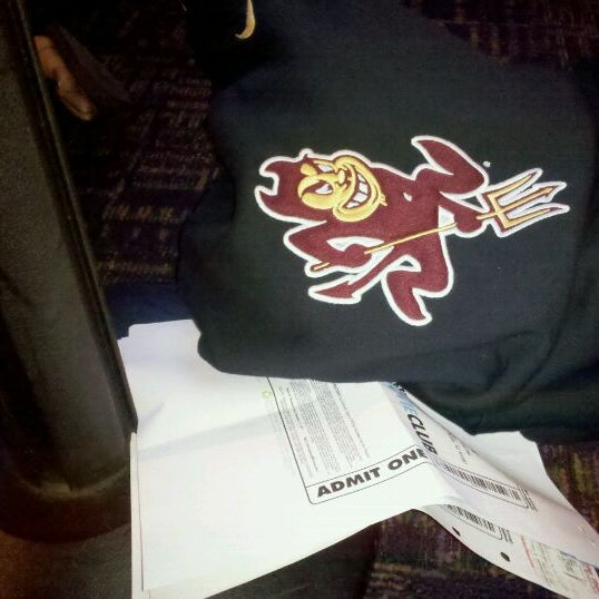 Photo taken at Harkins Theatres Tempe Marketplace 16 by Romero on 11/10/2011
