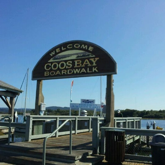 Photo taken at Coos Bay Boardwalk by elyse m. on 9/6/2011