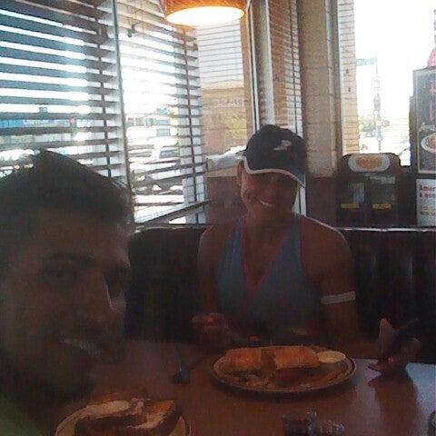 Photo taken at Denny's by Efrain F. on 6/11/2012