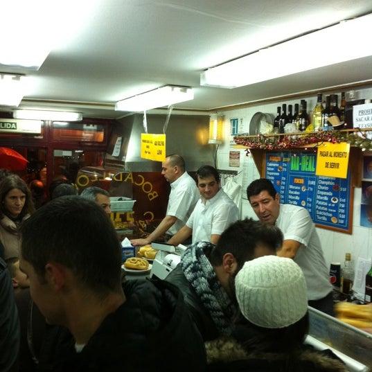 Photo taken at Bar La Ideal by Manu C. on 12/30/2010