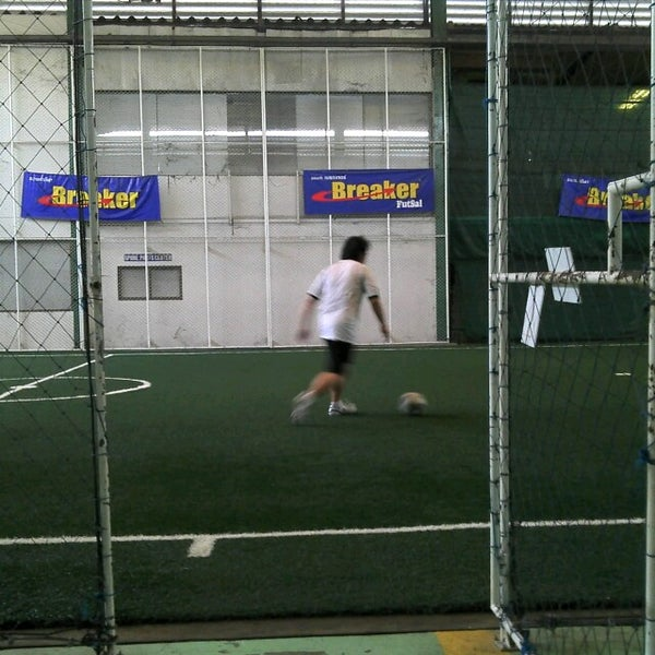 Photo taken at SD Indoor Soccer by Veerapat V. on 8/5/2012