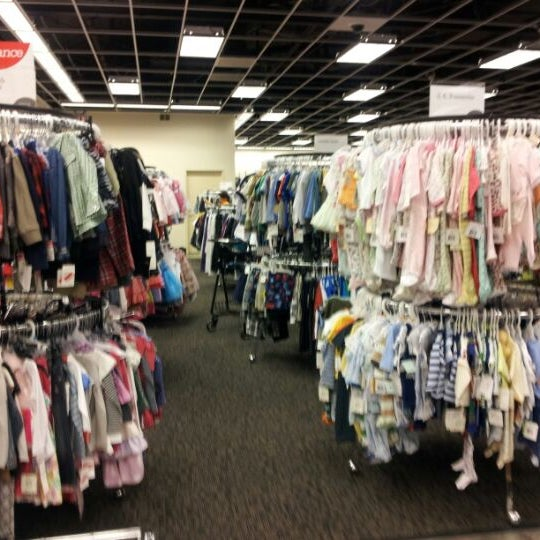 Photo taken at Nordstrom Rack Sugarhouse by Martijn v. on 5/26/2012