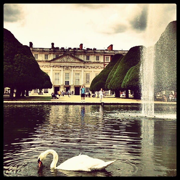 Photo taken at Hampton Court Palace by Mattia M. on 8/23/2012