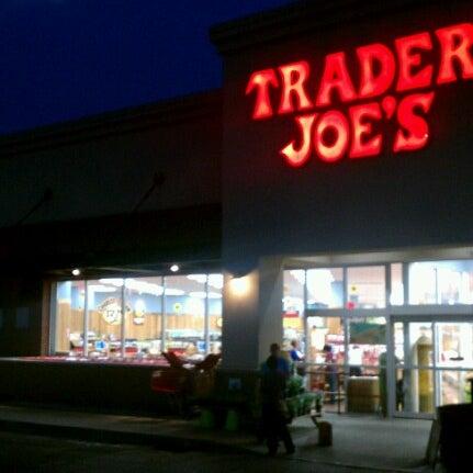 trader joe 39 s grocery store in cincinnati. Black Bedroom Furniture Sets. Home Design Ideas