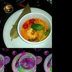 Photo taken at Cocina Sunae by Thiago H. on 11/19/2011