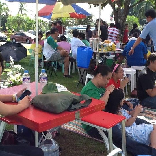 Photo taken at Manila Memorial Park by Kent R. on 11/1/2011