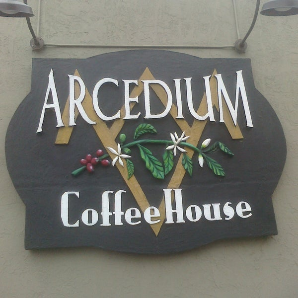 Photo taken at Arcedium Coffeehouse Inc by Travis C. on 5/27/2011