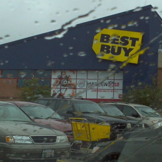 Use the Best Buy store locator to find stores in your area. Then, visit each Best Buy store's page to see store hours, directions, news, events and more.