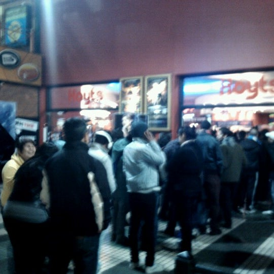 Photo taken at Cine Hoyts by Bianca R. on 8/15/2012