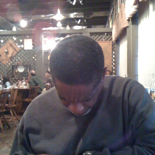 Photo taken at Cracker Barrel Old Country Store by Beverly J. on 1/7/2012