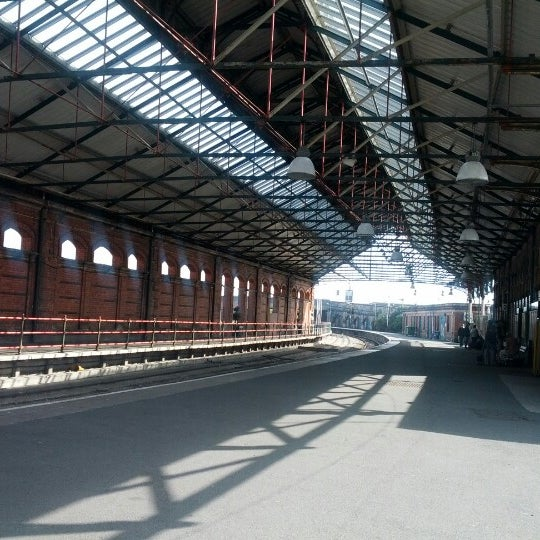 Holyhead Railway Station Hhd 7 Tips