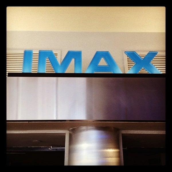 Снимок сделан в AMC Loews Lincoln Square 13 пользователем Brian 😜 C. 8/28/2012