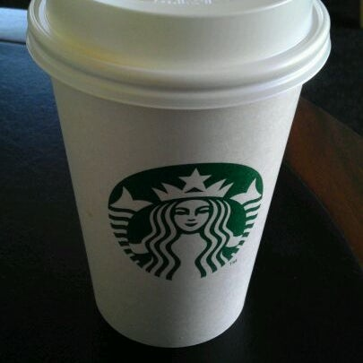 Photo taken at Starbucks Coffee ひたち野うしく店 by Takafumi O. on 2/12/2012