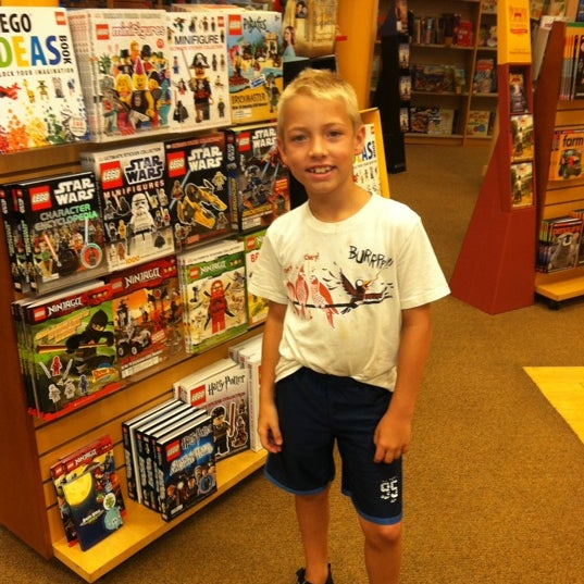 Photo taken at Barnes & Noble by Jim W. on 8/26/2012