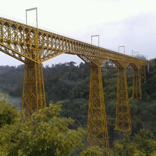 Photo taken at Monumento Nacional Puente Malleco by Rodrigo™🎩 on 8/3/2012