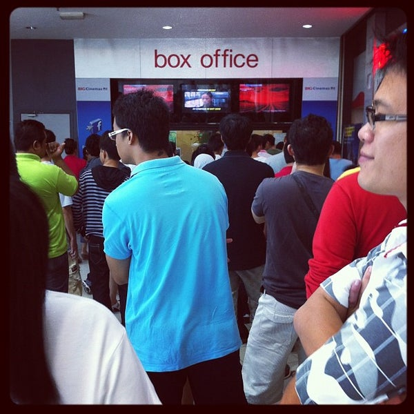 Photo taken at Big Cinemas by Mohamad Hilmi O. on 5/1/2012