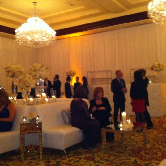 Photo taken at Four Seasons Hotel Westlake Village by Rosalind 2. on 11/11/2011