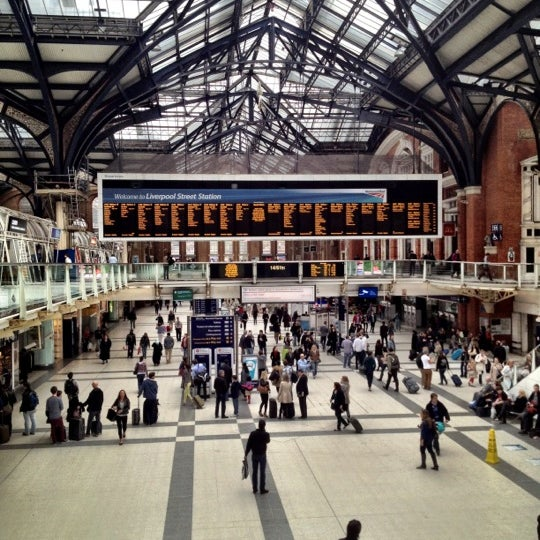Photo taken at London Liverpool Street Railway Station (LST) by Gela K. on 5/19/2012