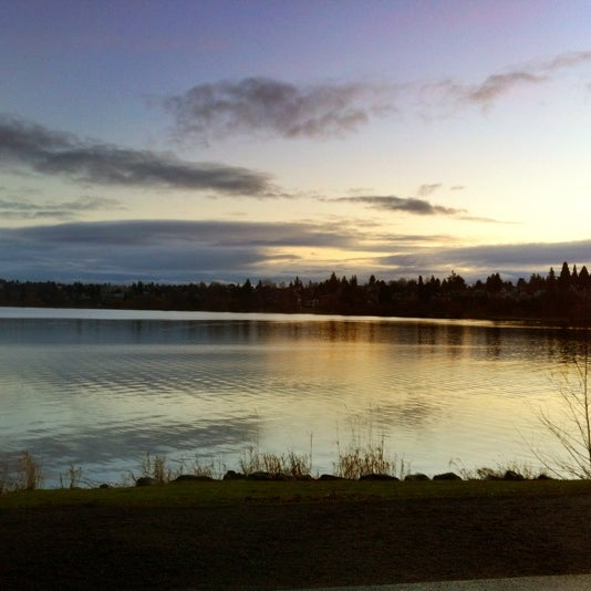 Photo taken at Green Lake Boathouse by Erik B. on 2/11/2012
