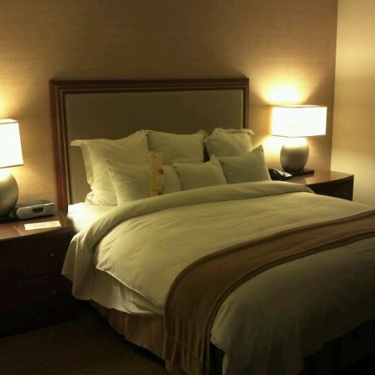 Photo taken at San Francisco Marriott Marquis by Yow Ching C. on 2/18/2012