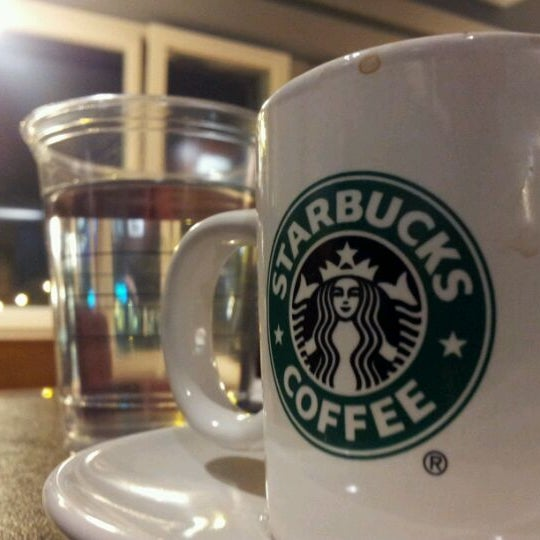 Photo taken at Starbucks by Kemal S. on 11/3/2011