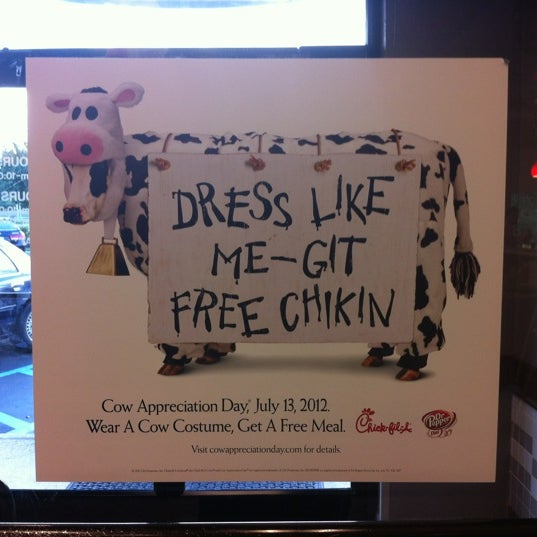 Photo taken at Chick-fil-A by RJ D. on 7/9/2012