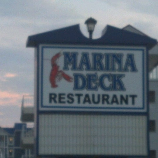 Photo taken at Marina Deck Resturant by Ringmaster on 7/11/2012